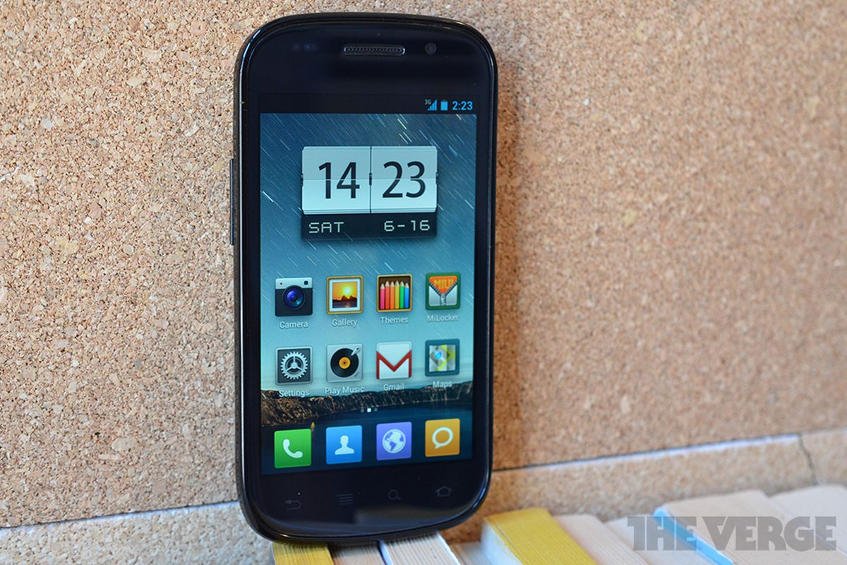 MiHome Launcher brings a taste of MIUI to Android, no