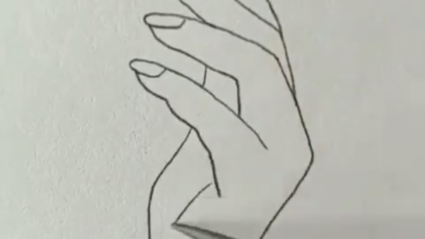 People Tried To Draw Human Hands With This Trick And The Results Are So, So Bad