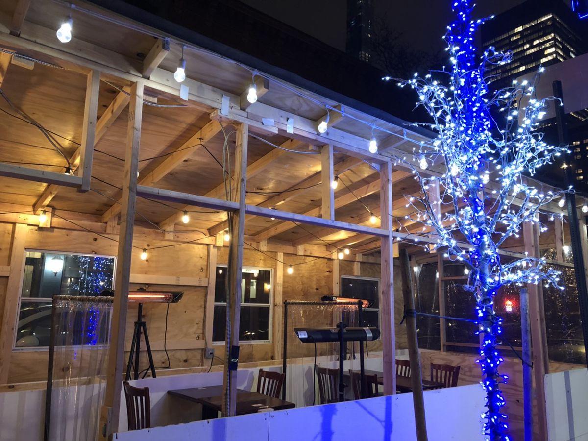 Outdoor dining at Tori Shin