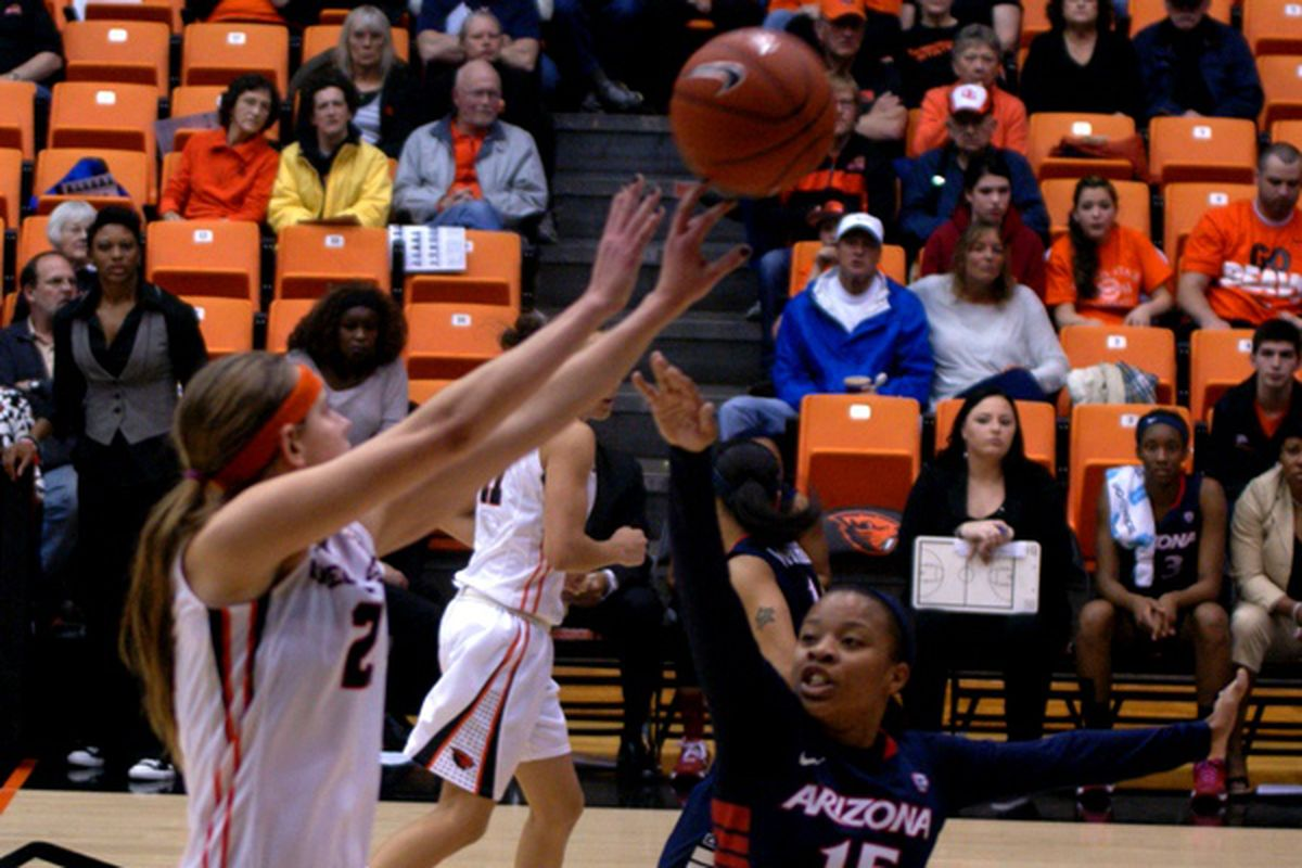 Sydney Wiese launches one of the 12 3 pointers Oregon St. knocked down to beat Arizona/