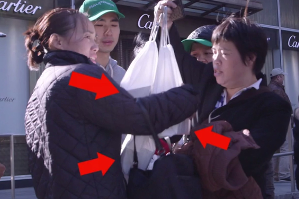 A Close, Disturbing Look at a New York iPhone 6 Line (Video)
