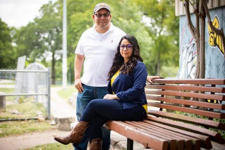 Jason Rubio et Diana Anzaldua d'Ayuda