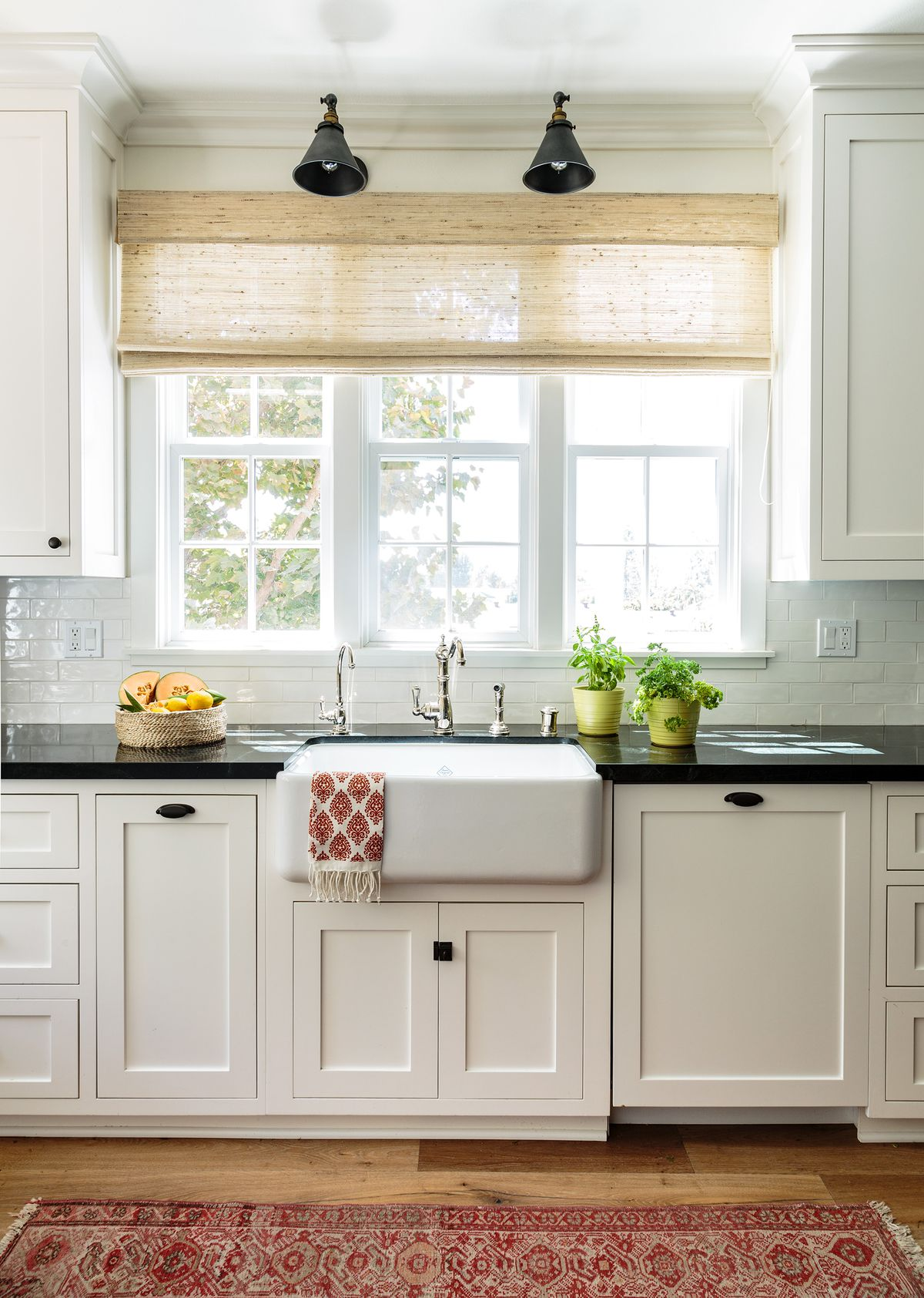 Cape Cod-style house remodel in Los Angeles, CA, kitchen sink