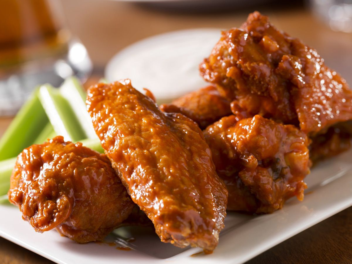 Yuri's Bar and Grill hot wings