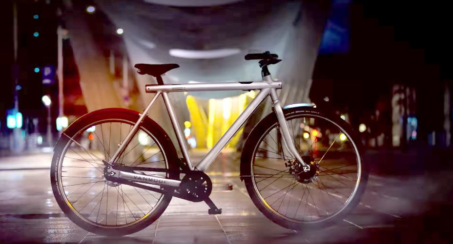 This sleek electric bicycle has a built-in anti-theft
