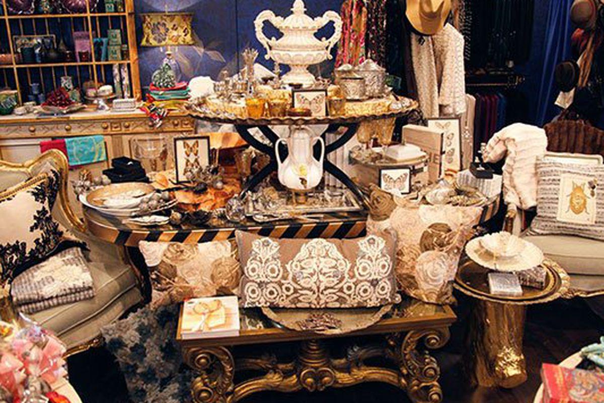 """Image via <a href=""""http://www.diablomag.com/D-blog/Diablo-Style/March-2013/Boutique-Peek-NIQUEAD/"""">Diablo</a> magazine"""