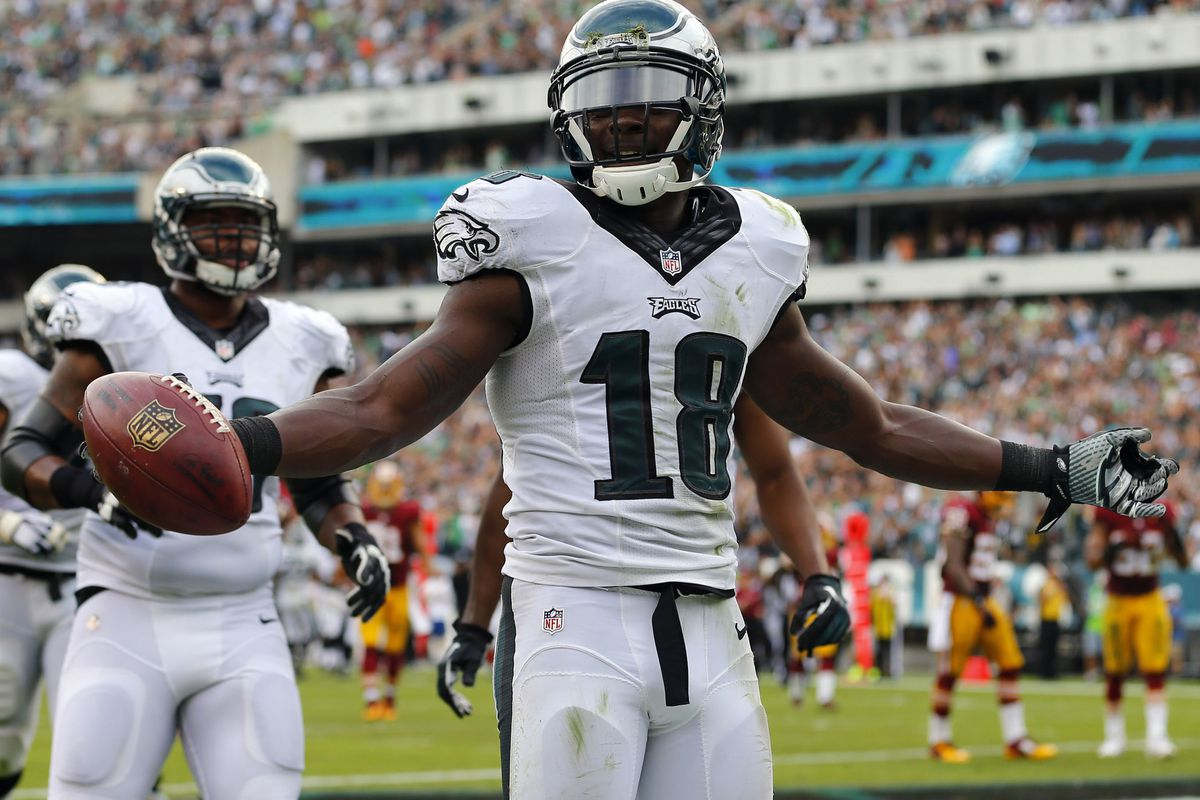 After a brawl marred the 4th quarter, Jeremy Maclin broke the tie with a touchdown