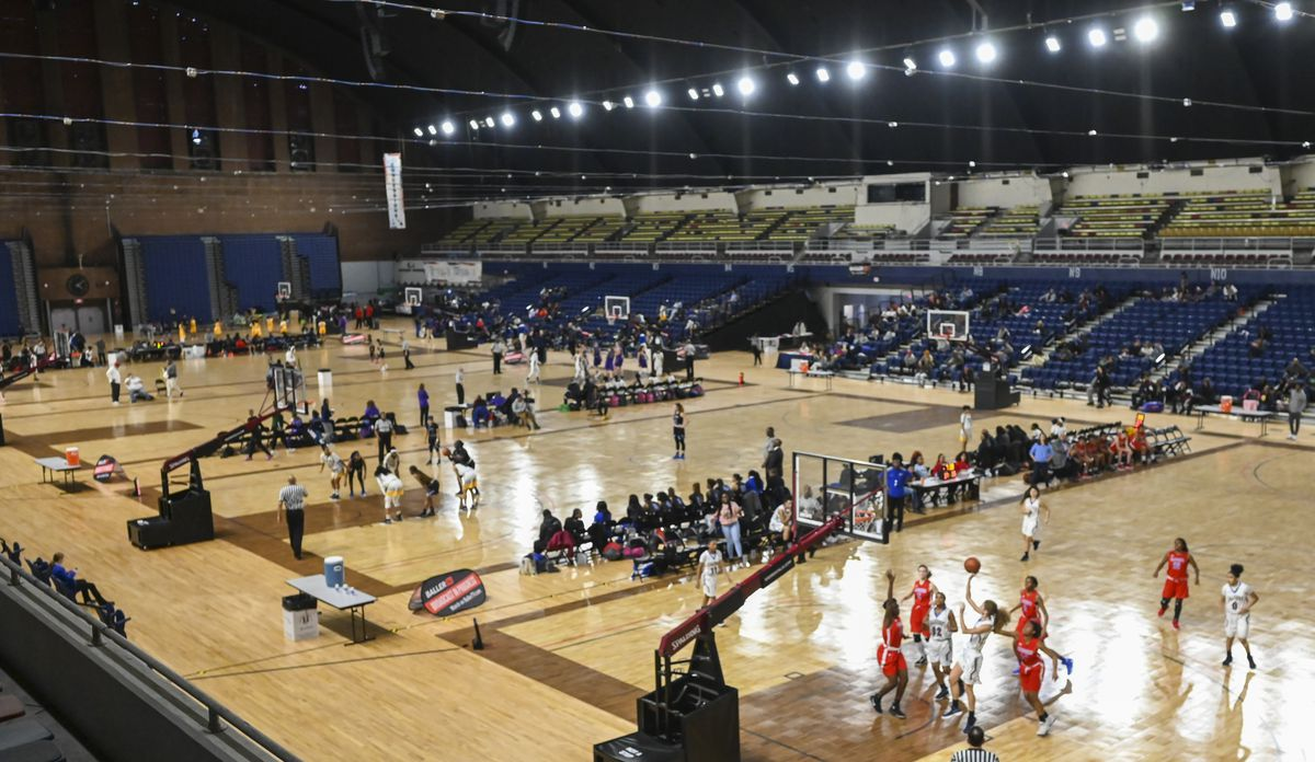65 teams from eight states, Canada and the District of Columbia compete in the Title IX Classic