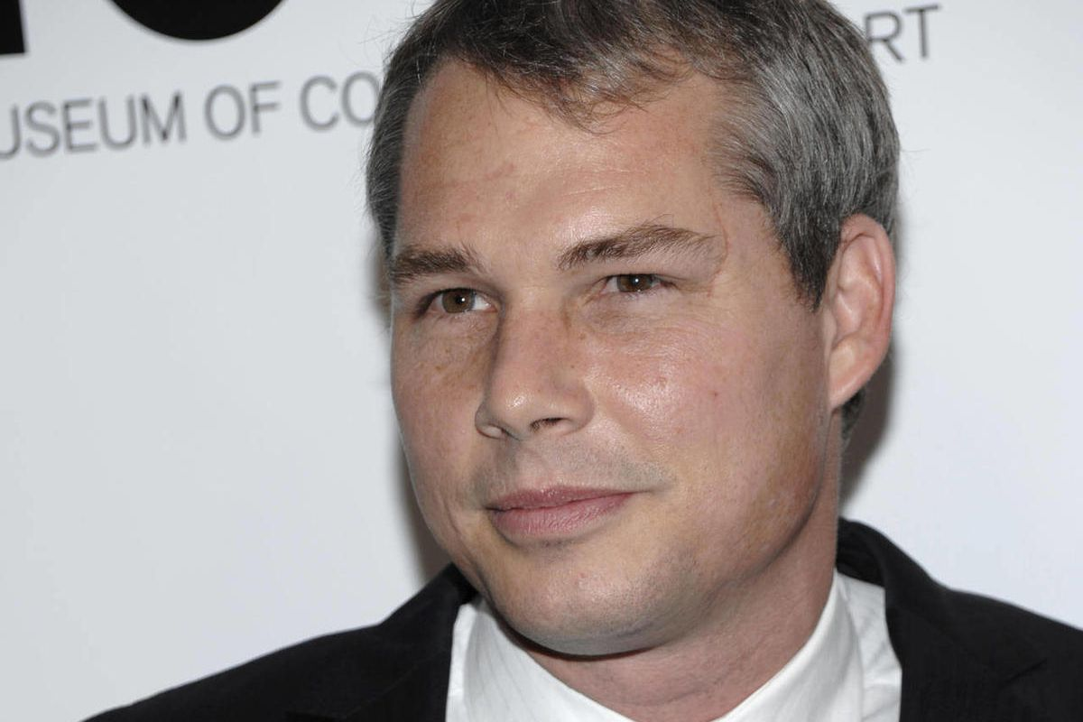 """FILE - In this Nov. 12, 2011 file photo, artist Shepard Fairey arrives at the MOCA Annual Gala in Los Angeles. Fairey, the man behind the Barack Obama """"HOPE"""" poster, on Friday, Sept. 7, 2012 will learn his sentence for criminal contempt after pleading gui"""