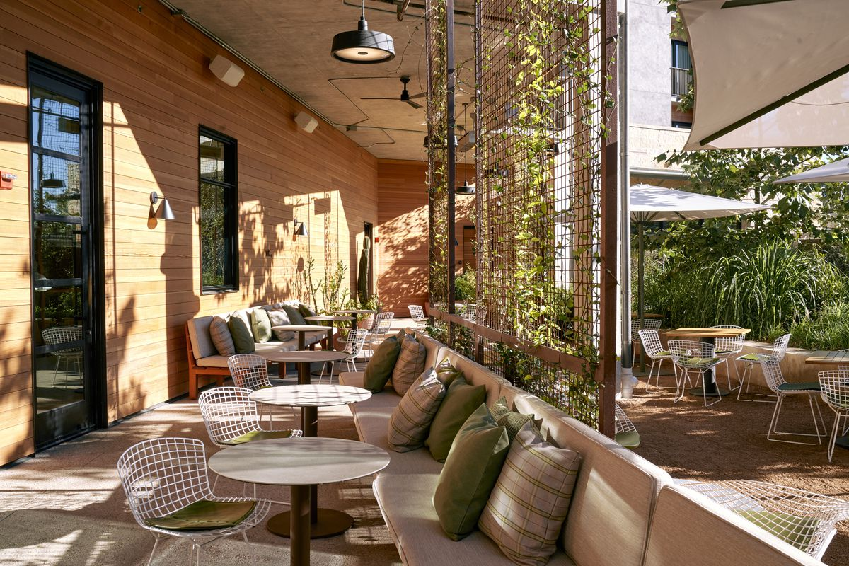 The patio at Summer House