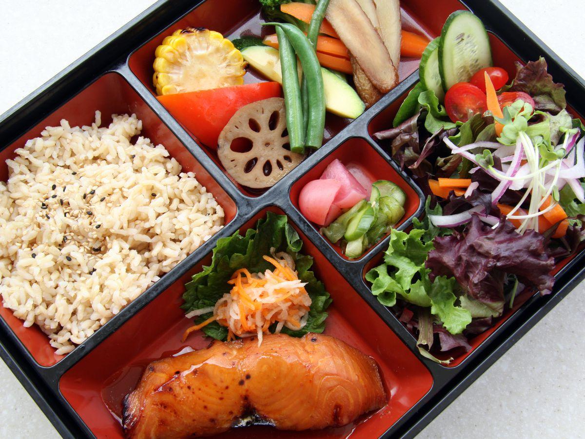 M Cafe Bento Box