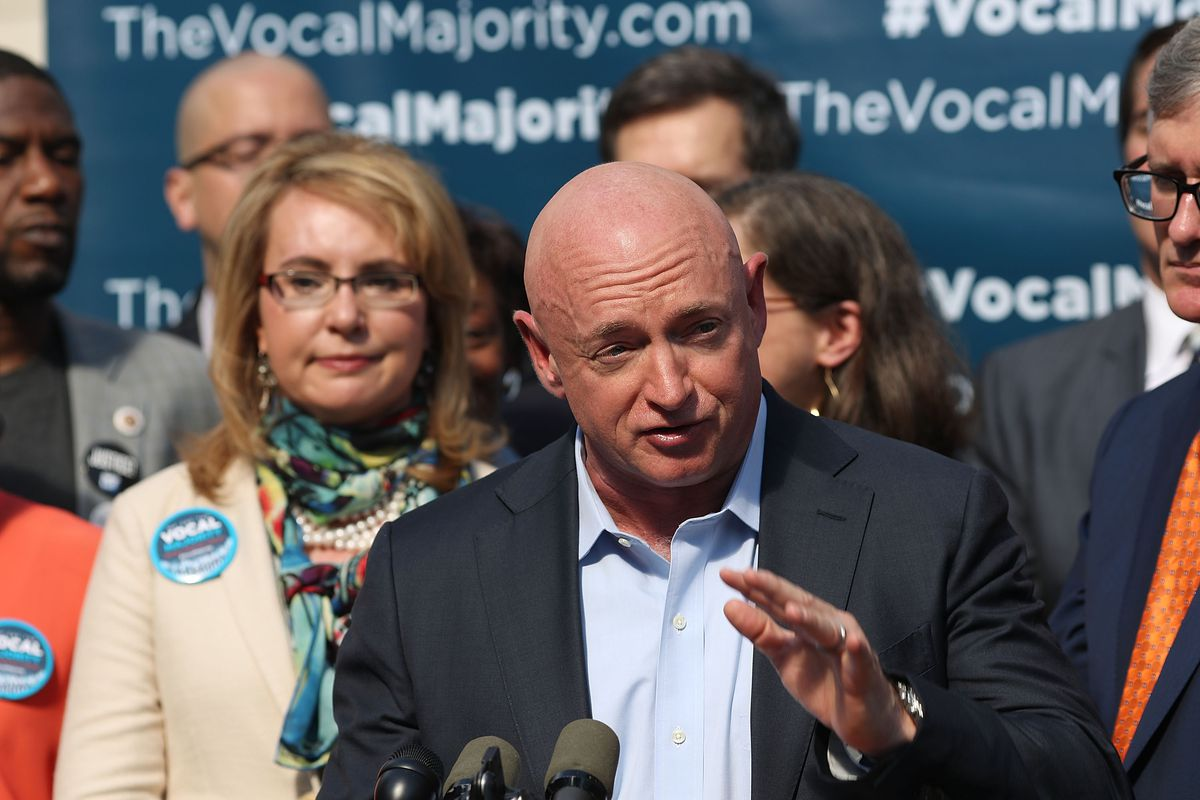 Former astronaut Mark Kelly announces run for Senate in ...