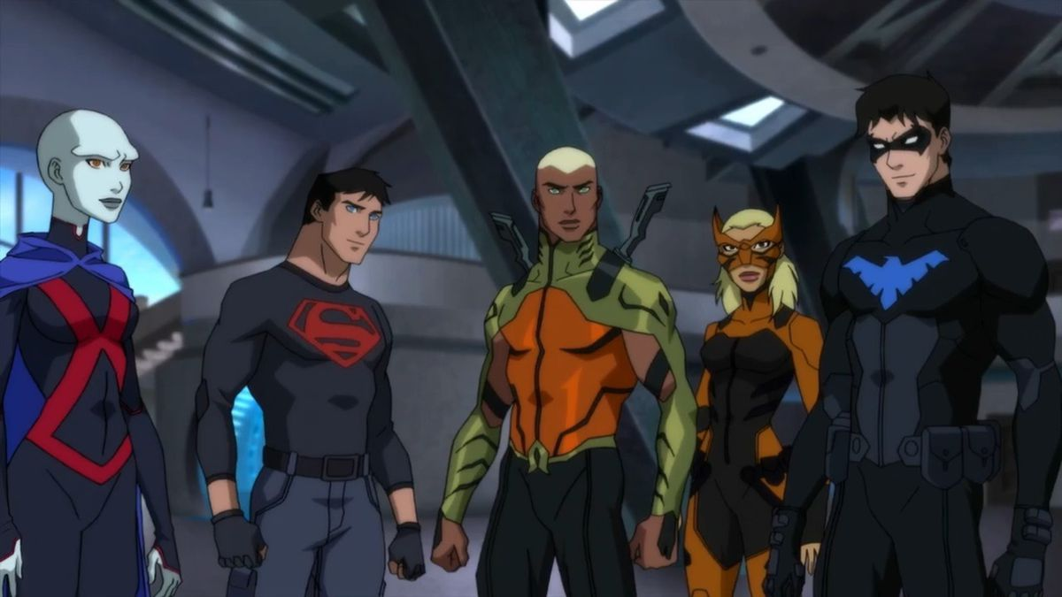 Miss Martian, Superboy, Aqualad, Artemis, and Nightwing stand side by side, the original team reunited in season three