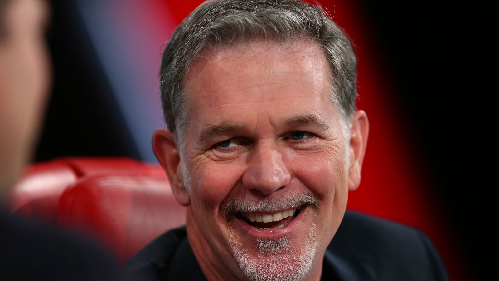 """what recommendations would you make to netflix ceo reed hastings Two month later when netflix ceo reed hastings hit """"send"""" on his  3 key elements in issuing a company apology — http  more than 40+ recommendations,."""