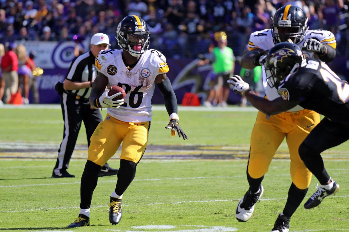 Steelers franchise Le'Veon Bell for second straight season