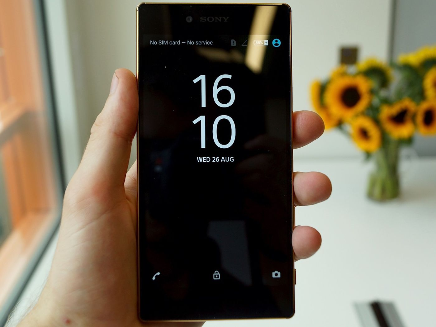 Sony's Xperia Z5 Premium has an absurd 4K display - The Verge