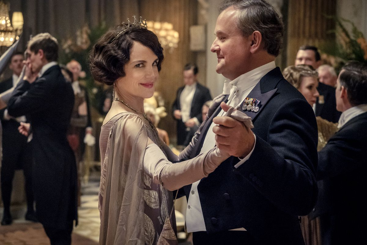 """Elizabeth McGovern as Lady Grantham and Hugh Bonneville as Lord Grantham in a scene from the feature film """"Downton Abbey."""" The film opens Sept. 19 in Chicago."""