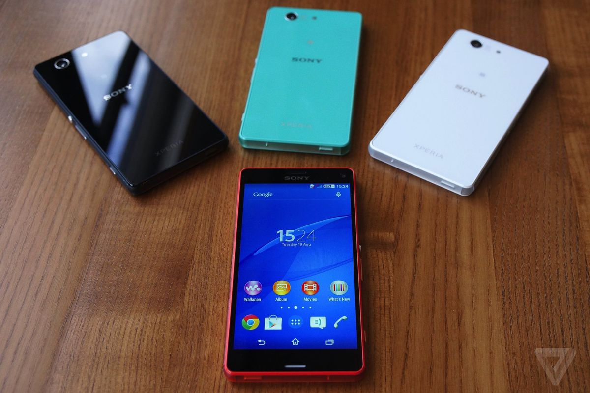 the xperia z3 compact is sony 39 s true new flagship phone. Black Bedroom Furniture Sets. Home Design Ideas