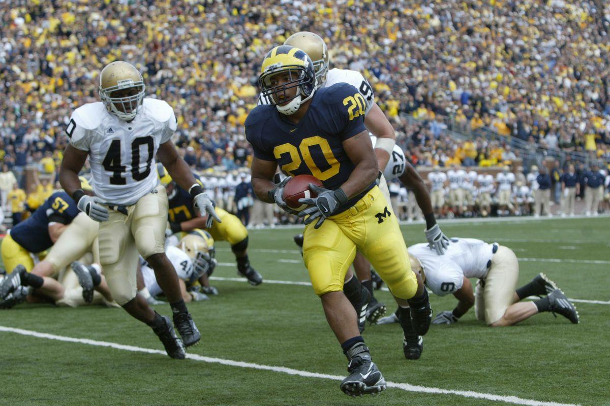 NCAA: Michigan Kills Notre Dame 38-0