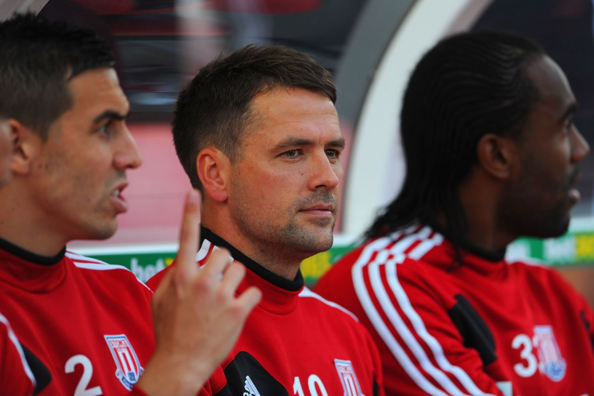 Michael Owen, in his usual position, the bench.