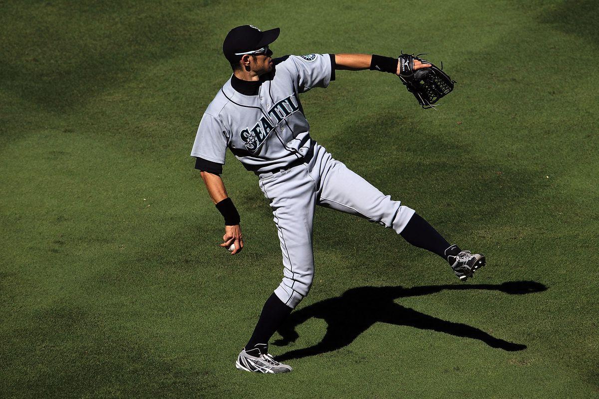 Just how good is Ichiro Suzuki's arm? - Beyond the Box Score