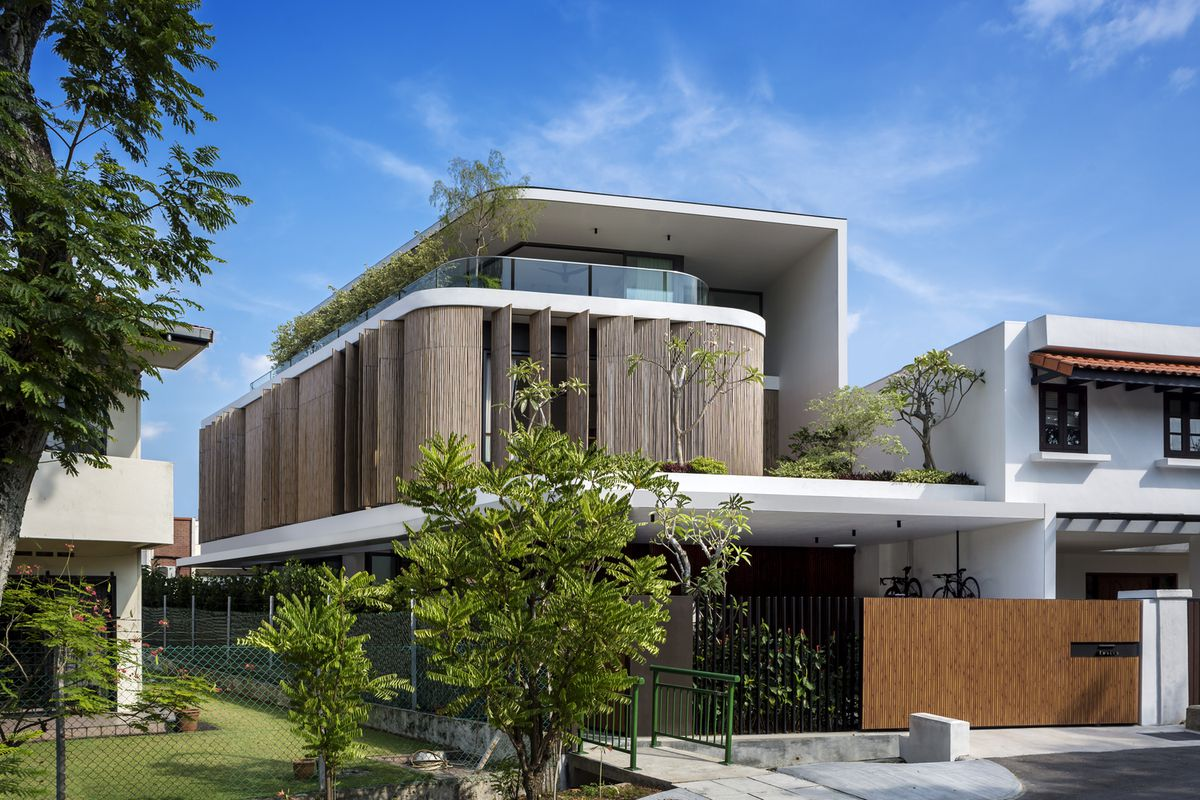 Modern home in Singapore comes wrapped in bamboo screens ... on singapore furniture design, singapore christmas tree, singapore interior design, singapore garden design, singapore modern architecture, singapore kitchen design, singapore modern homes exterior designs, thin blockhouse design, singapore hotel design, singapore modern bathrooms,