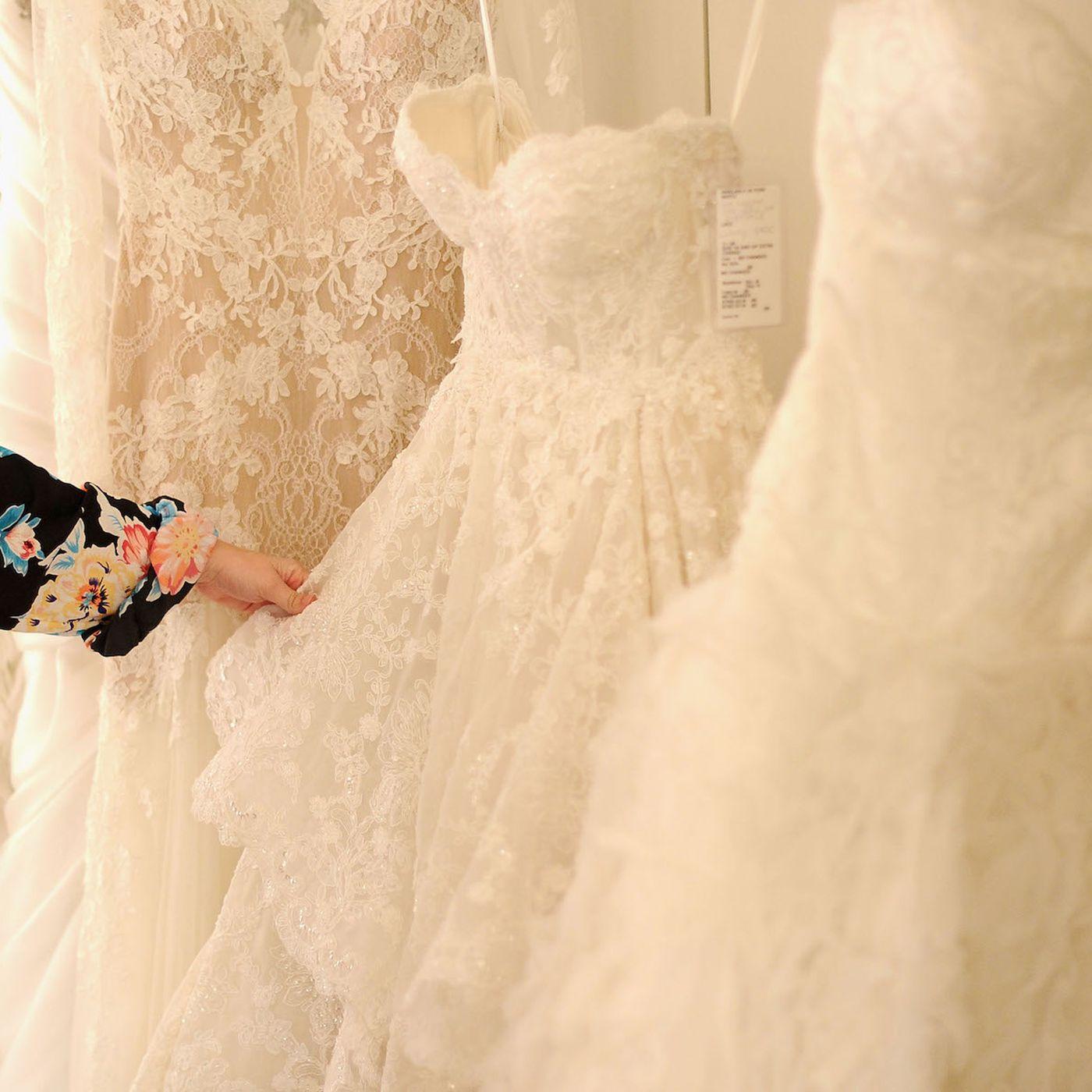 Real Talk Buying A Wedding Dress Isn T Easy Racked