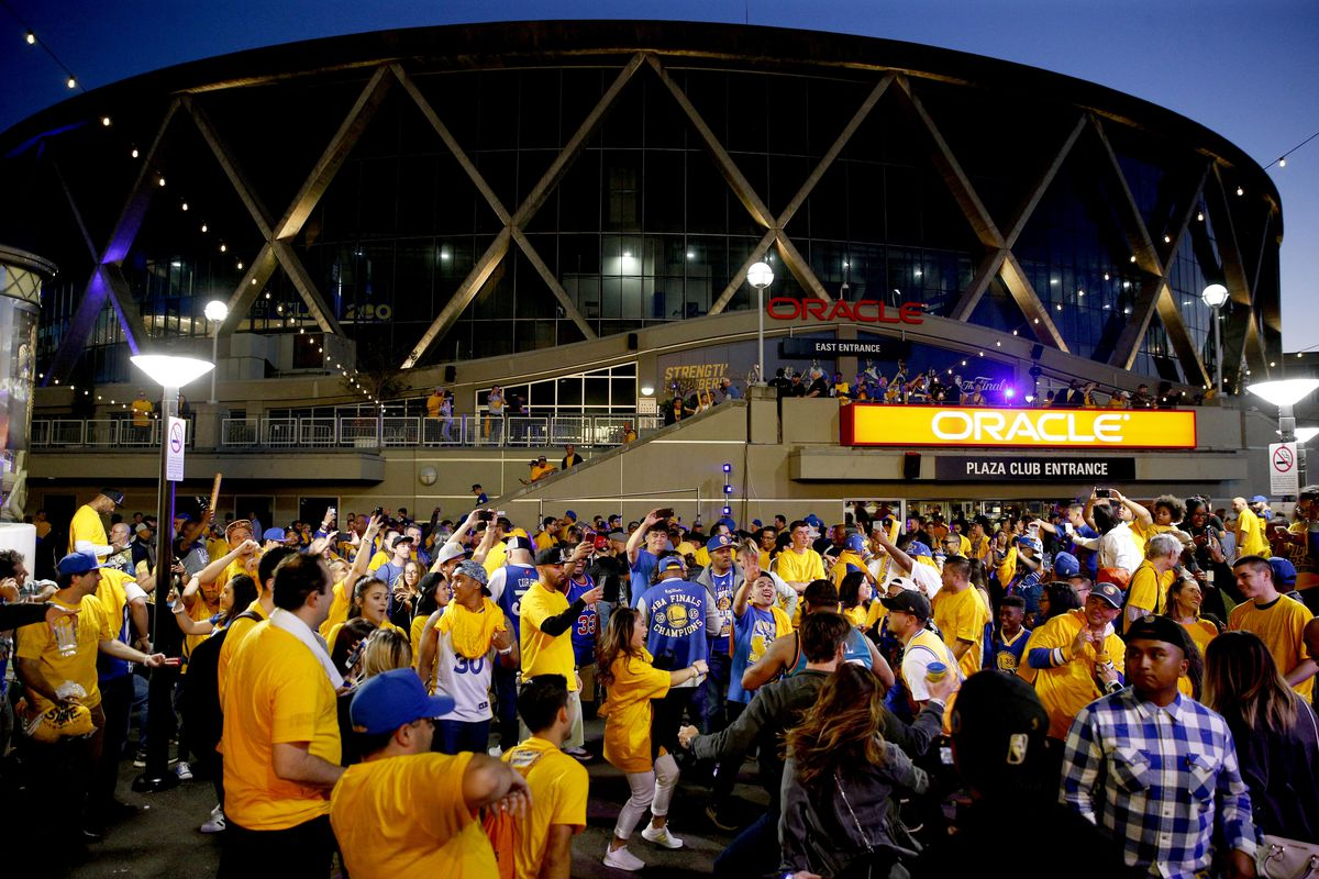 Warriors fans should take public transportation to Game 5 vs. Clippers