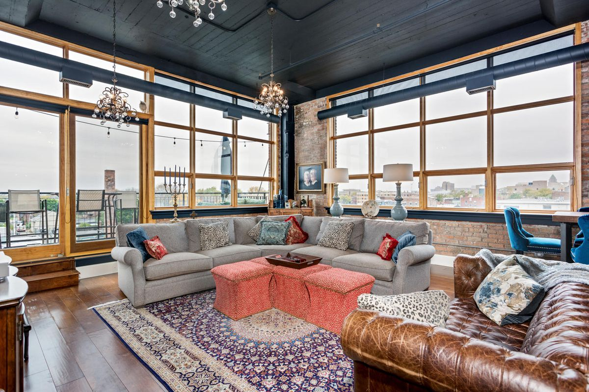 Glam corner loft at willys snags 828k at sale curbed detroit 2 bedroom apartments in downtown detroit
