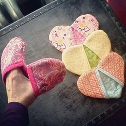 """<a href=""""http://www.vixemporium.com/"""">Heart Potholders</a>, $10 at VIX Emporium"""