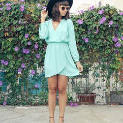 """Chanelle of <a href=""""http://thepenelopetimes.com""""target=""""_blank"""">The Penelope Times</a> is wearing an <a href=""""http://electricfrenchie.com/shop/clothes/cute-mint-wrap-dress-by-honey-punch-restocked/""""target=""""_blank"""">Electric Frenchie</a> dress, House of"""
