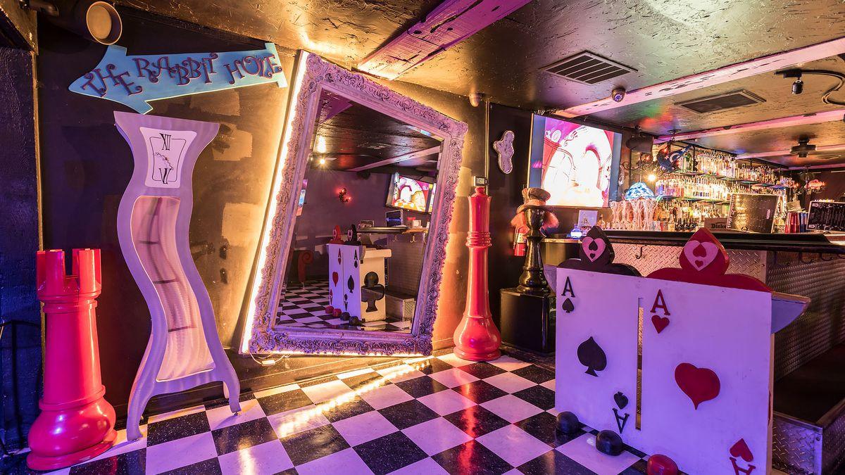 Alice In Wonderland Room Ideas
