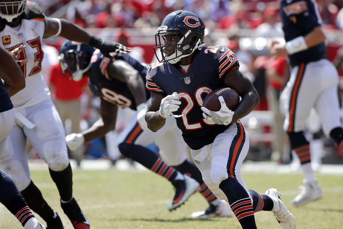 35e4214289c Steelers vs. Bears: Leonard Floyd and Tarik Cohen could help upend the  Steelers at Soldier Field
