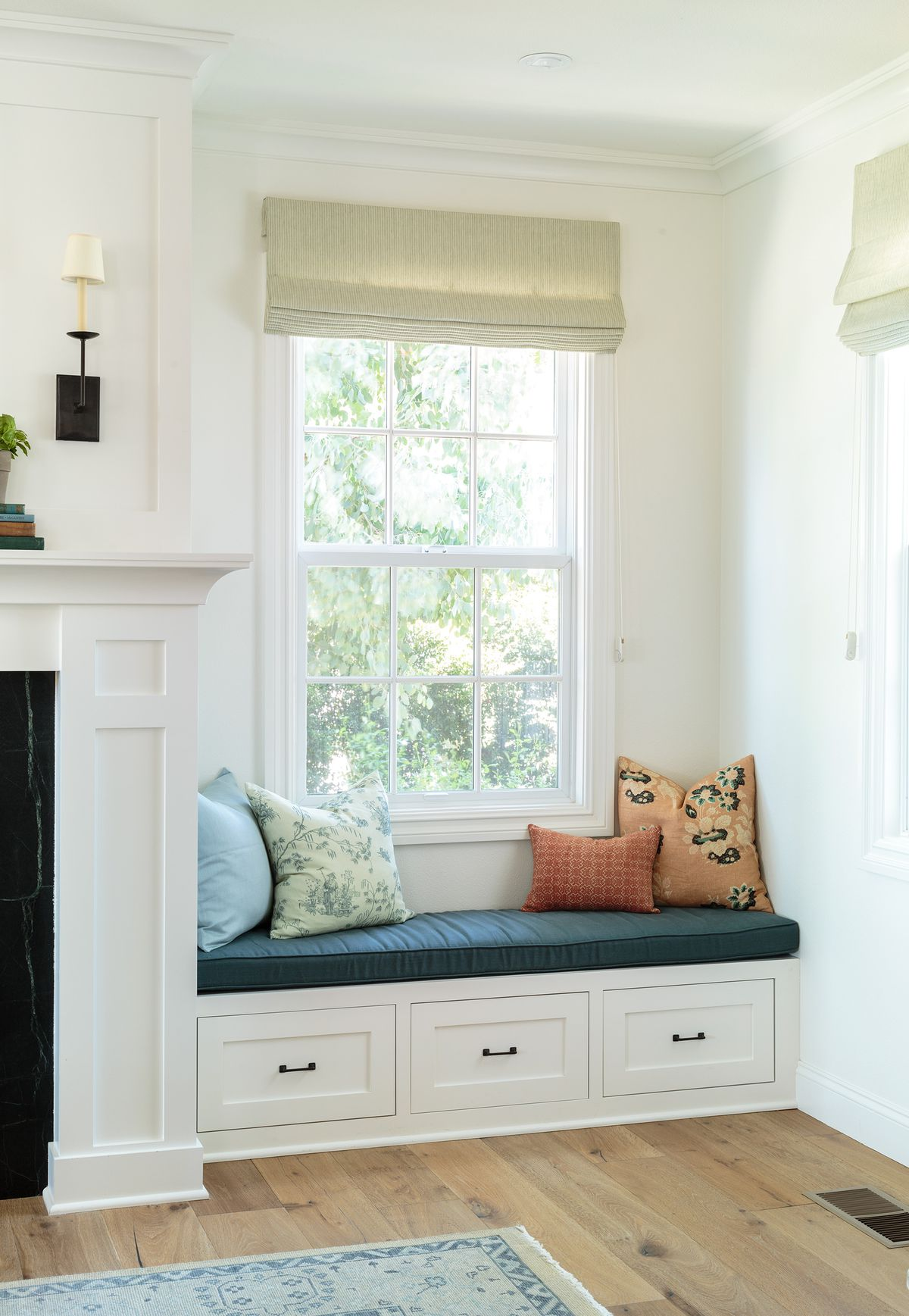 Cape Cod-style house remodel in Los Angeles, CA, window seating