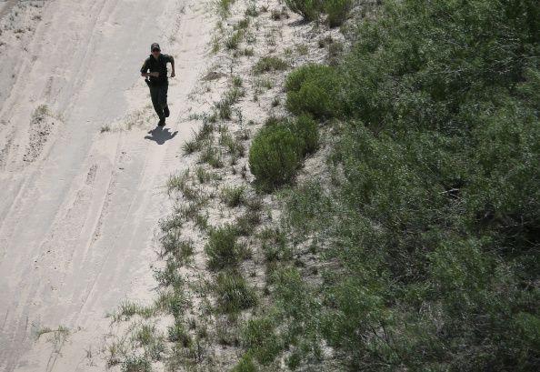 lone Border Patrol agent