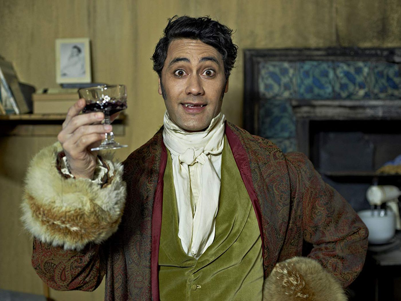 What We Do In The Shadows New Fx Comedy Is A Cult Internet