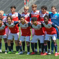 Team photo before the opening match of the 40th Annual Dallas Cup.