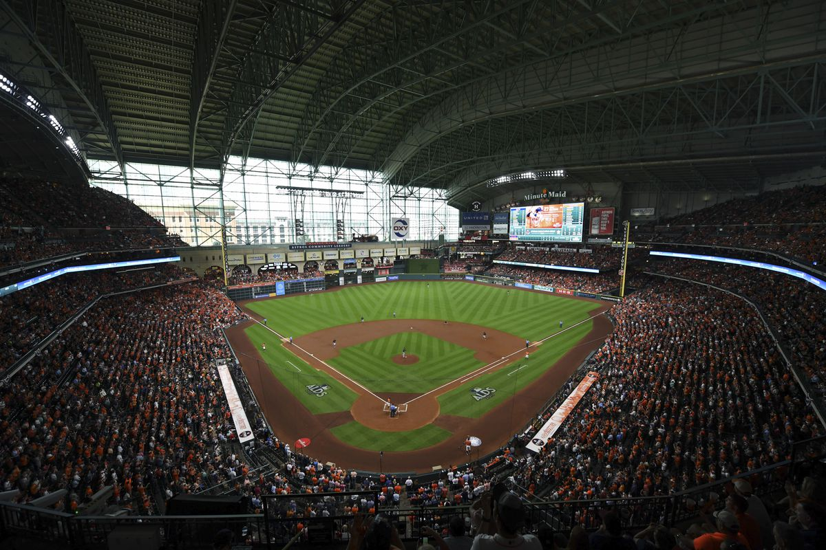 Alcs 2017 Minute Maid Park Roof To Be Closed For Game 1