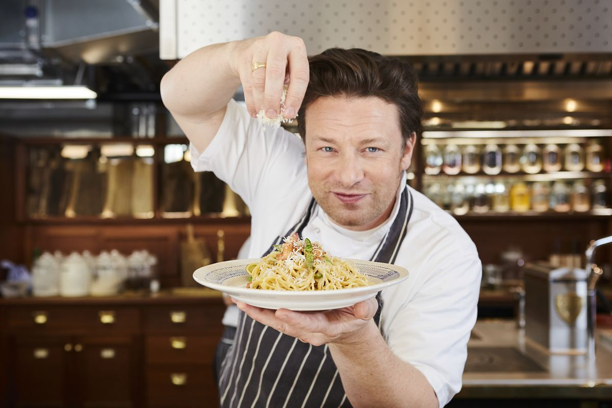 Jamie Oliver's restaurants collapsed, but the celebrity chef says Jamie's Italian would have survived if it were posh