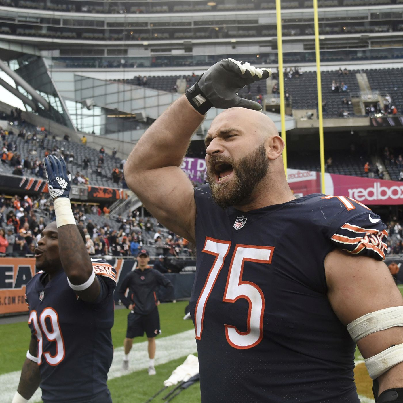 Kyle Long at peace with Bears, retirement as he roars into life ...
