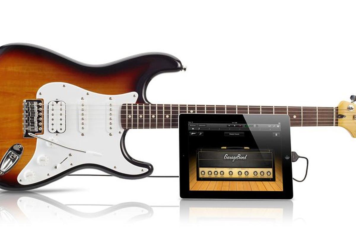 Fender Squire Strat iOS