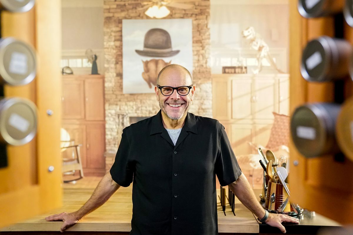 Alton Brown's 'Good Eats: The Return' to Premiere on Food ...