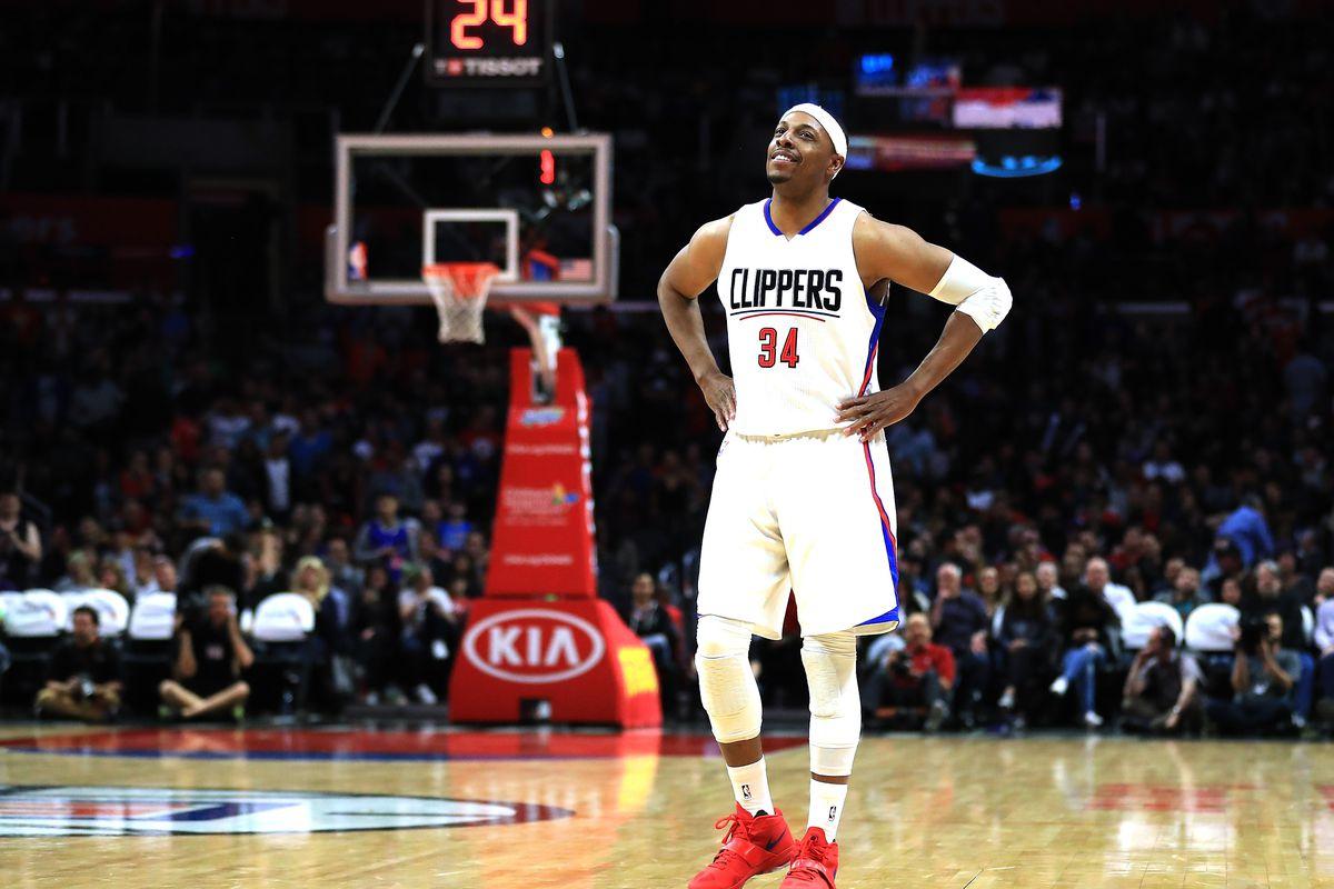 美媒對比球星謝幕戰數據:Kobe狂轟60+4+4,韋德大三元25+11+10,而Pierce的尷尬了!-籃球圈
