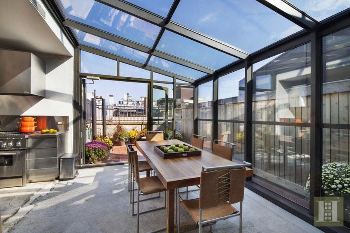 Austere Upper West Side Penthouse With Dining Solarium