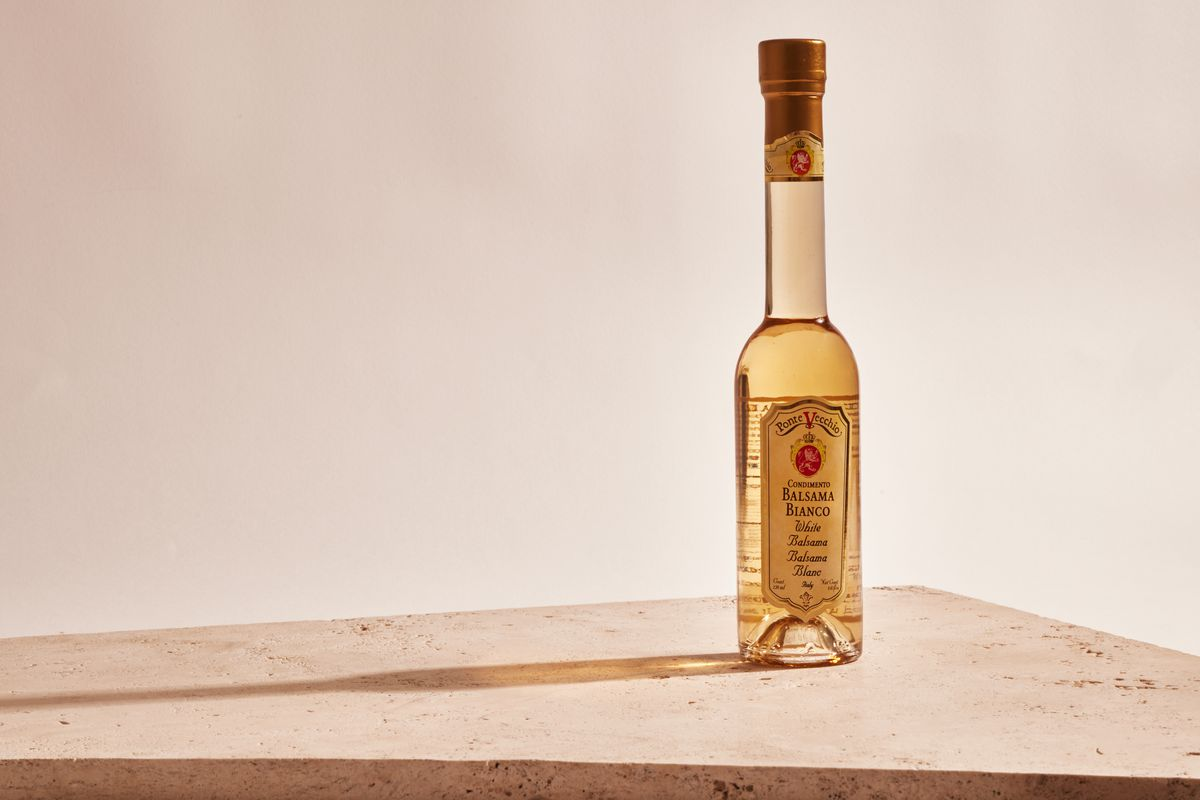 A bottle of Ponte Vecchio white balsamic vinegar