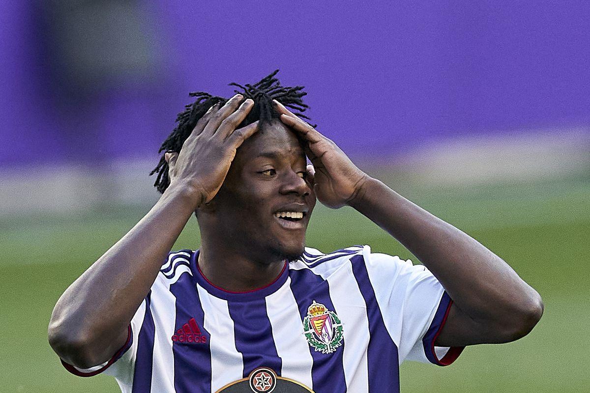 Real Valladolid CF Mohammed Salisu Southampton transfer rumour signing confirmed Premier League defender window