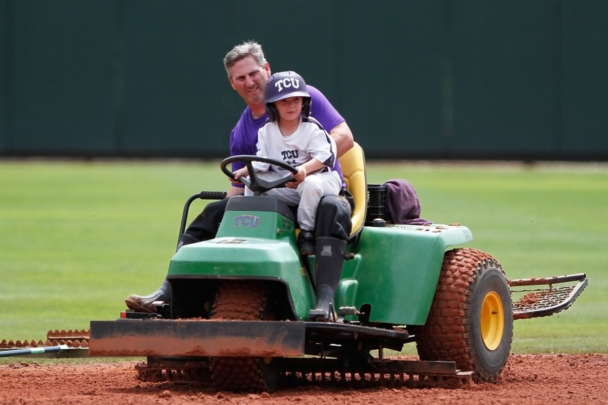 """Coach Randy Mazey and the world's cutest bat boy are ready for the Aggies to come to town. <a href=""""http://keithr.zenfolio.com/p592329177/h1131202e#h1131202e"""" target=""""new"""">(PHOTO BY KEITH ROBINSON)</a>"""