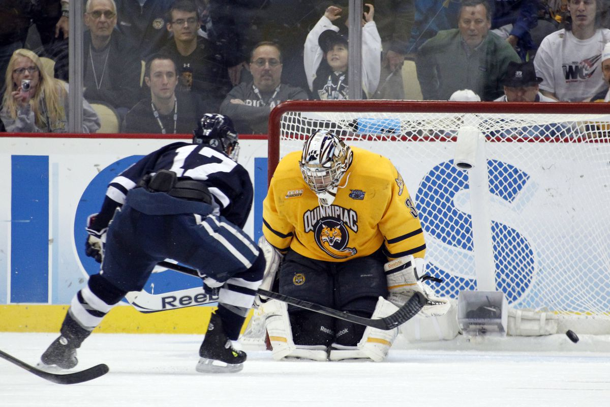Andrew Miller scored Yale's third goal in a 4-0 victory over Quinnipiac in the NCAA Championship Game.