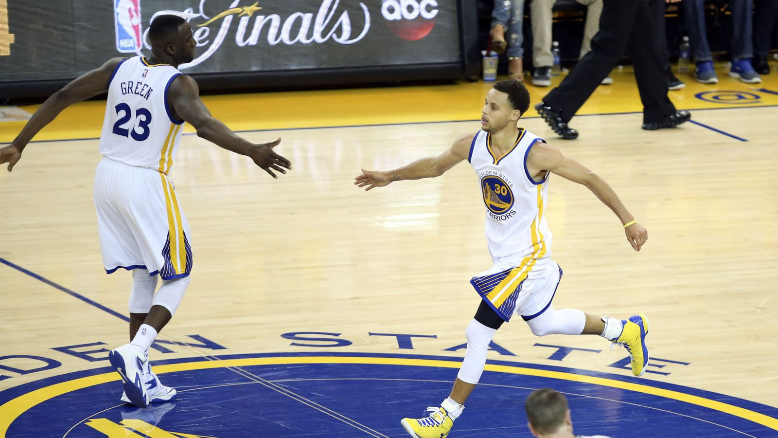 Warriors vs. Cavaliers, 2015 NBA Finals: Game 1 Time, TV schedule, live stream and betting odds ...