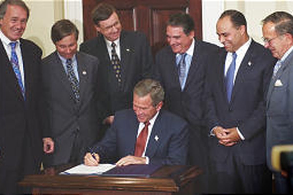 President Bush signs do-not-call legislation Monday in the Roosevelt Room of the White House as conflicting court opinions keep the public guessing.